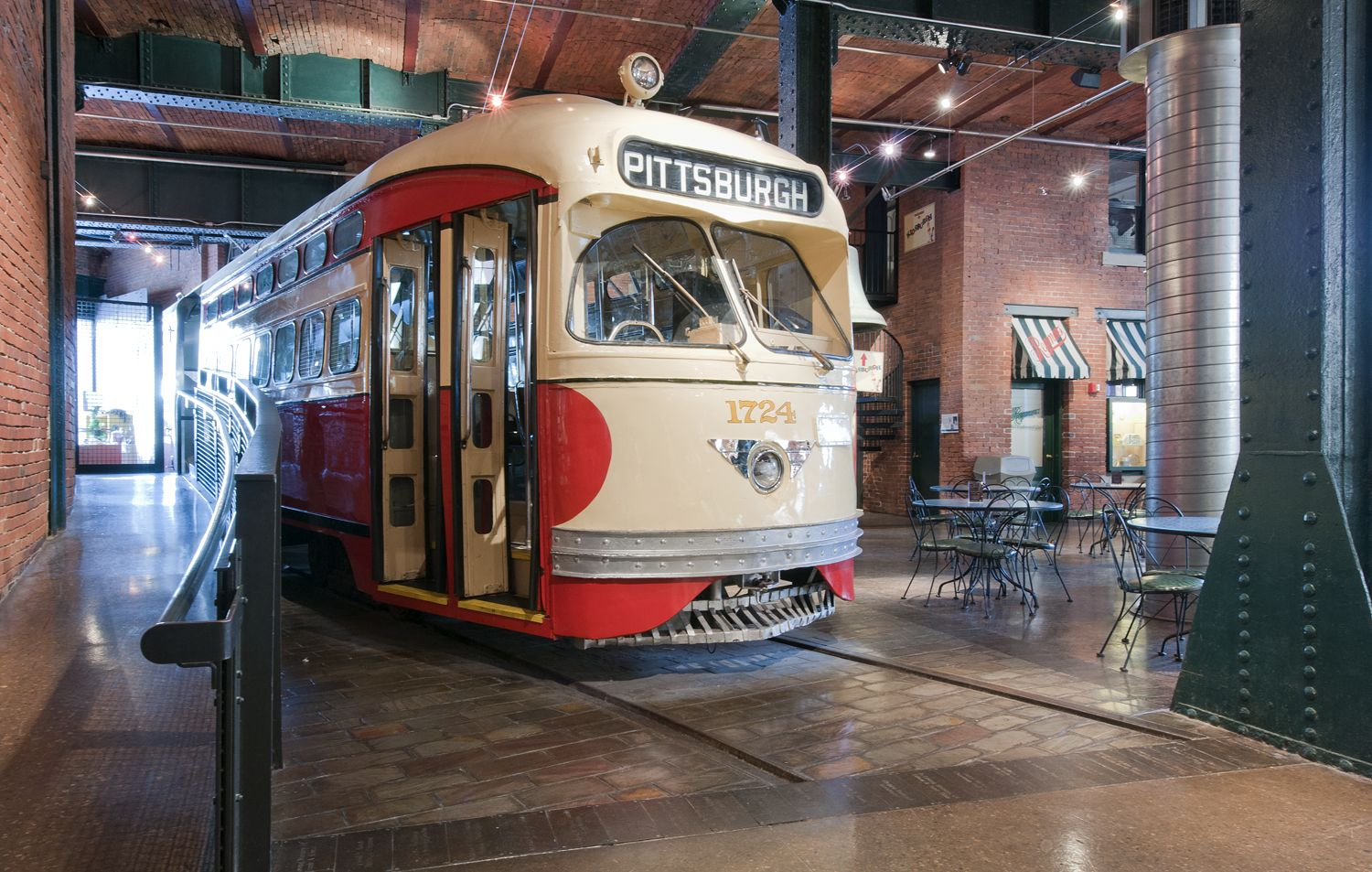 Heinz History Center - Trolley Exhibit